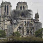 """O catedrală """"efemeră"""", din lemn, va fi ridicată pe spaţiul deschis din faţa intrării catedralei Notre-Dame"""