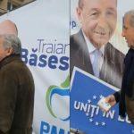 Ilie Năstase, după ce a aruncat cafea pe un cort electoral PMP: S-a nimerit să fie Băsescu