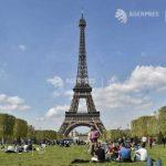"""Turnul Eiffel, obiectivul central al unui spaţiu pietonal """"verde"""", ce va fi amenajat până în 2024"""