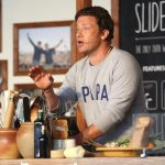 Jamie Oliver se reinventează şi începe o nouă afacere