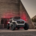 Audi a creat o maşină care foloseşte DRONE pe post de faruri. VIDEO