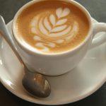 Ce riști dacă bei 25 de cești de cafea pe zi?