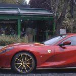 Cel mai rapid Ferrari din istorie, «chinuit» prin București. Cine e milionarul român cu bolid de 450.000 de euro