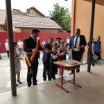 """A început noul an școlar. Romanescu și Ișfan, la Școala """"Sfântul Nicolae"""""""