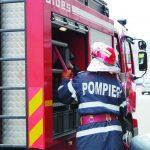 19:28 Pompierii, chemați să deblocheze ușa de la baie