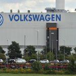 07:51 Sute de mii de șoferi au dat în judecată Volkswagen