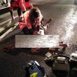 Veste reflectorizante, împărțite de polițiștii rutieri după ACCIDENTUL de la Scoarța