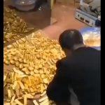 AVERE COLOSALĂ în subsolul casei unui oficial din China
