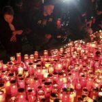 08:04 PATRU ani de la tragedia care a îndoliat o țară. Marș în memoria victimelor COLECTIV
