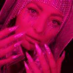 Delia, în mijlocul unei teorii a conspirației. Folosește simboluri Illuminati în ultimul videoclip?