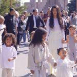 Kim Kardashian şi-a botezat copiii în Armenia