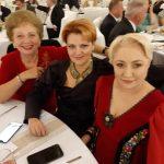 Viorica Dăncilă, Doina Pană şi Lia Olguţa Vasilescu, împreună, la nunta preşedintelui CJ Maramureş. Dăncilă, aplaudată de nuntaşi