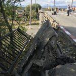 Au anunțat că pasarela stă să pice! Târgujienii din zona Artego: Am făcut SESIZĂRI de 3-4 ani!