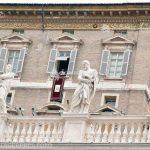 Vaticanul ar fi în pragul falimentului, potrivit unei cărţi lansate luni. Sfântul Scaun neagă informaţia