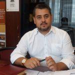 Tudor acuză că la Târgu-Jiu au fost aduși votanți din Hunedoara