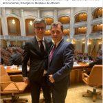 15:59 Cupă: Îi urez succes prietenului meu Virgil Popescu