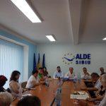 09:19 Organizație ALDE, acțiune în instanță împotriva Facebook