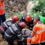 15:39 Femeie de 80 ani, dată dispărută, găsită într-un șanț