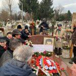 13:20 Nostalgicii s-au strâns, și-n acest an, la mormântul lui Ceaușescu