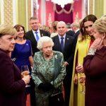 Carmen Iohannis a postat pe Facebook o fotografie de la Palatul Buckingham
