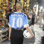Dolce & Gabanna trebuie să îi achite daune de 70.000 de euro lui Maradona