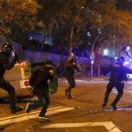 El Clasico: Aproximativ 50 de persoane au fost rănite în urma ciocnirilor între poliţie şi separatişti catalani