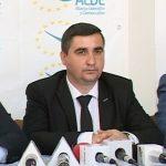 Atac DUR! Consilier ALDE: Își bat joc de noi! Tăriceanu nu dă doi bani pe aleșii locali!
