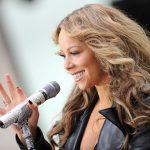 """Melodia """"All I Want for Christmas Is You"""" a cântăreţei Mariah Carey, pe primul loc în topurile americane după 25 de ani"""