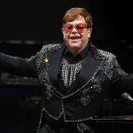 Elton John a promis un milion de dolari pentru stingerea incendiilor din Australia