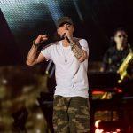 Eminem face istorie în topul american al albumelor. Al zecelea disc consecutiv pe primul loc