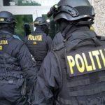09:13 Descinderi la primăriile Dragotești și Bolboși într-un dosar cu pagube de 2 milioane de euro
