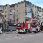 15:48 Intervenție a pompierilor la un bloc din Rovinari