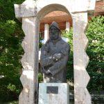 Ar vrea SĂ MUTE bustul lui Brâncuși pe terenul de la Coloana Infinitului
