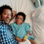 Kamara continuă lupta pentru Leon: «Avem nevoie de 100.000 de lei ca băiețelul meu să stea în picioare!»