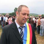 09:01 Troacă și-a anunțat candidatura