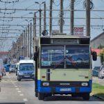 20:01 Licitaţia pentru închirierea de autobuze, în această săptămână