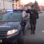 Imnul României, APLAUDAT  la Târgu-Jiu de la balcoanele blocurilor. VIDEO