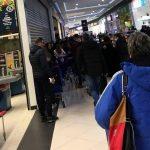 Le cere persoanelor sub 65 de ani să NU aglomereze magazinele, între 11.00-13.00