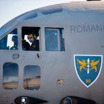06:25 Cei 15 medici români aflați în Italia s-au întors în țară cu echipamente donate de Papa