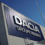 14:13 Dacia reia progresiv producţia începând din 21 aprilie