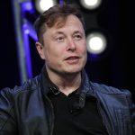 """Elon Musk califică drept """"fasciste"""" măsurile de izolare la domiciliu"""