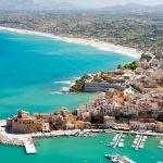 Goana după turişti a început! Una dintre cele mai frumoase destinaţii turistice plăteşte jumătate din biletele de avion