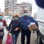 11:44 Liderul PER Gorj le-a împărțit măști de protecție comercianților din Piața Centrală
