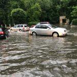 Din nou INUNDAȚII la Târgu-Jiu. Șoferii, DISPERAȚI