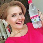 Cum își salvează Niculina Stoican afacerea cu apă de băut