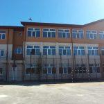 08:23 O școală din Târgu-Jiu a rămas fără terenul de sport