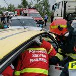 15:18 Persoană încarcerată în urma unui accident în Târgu-Jiu