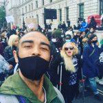 Madonna, în cârje la protestele din Londra