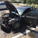 07:05 Maşină arsă într-o parcare din Târgu-Jiu