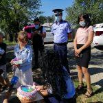 16:16 Ce CADOURI i-au făcut polițiștii gorjeni unei fetițe de 10 ani